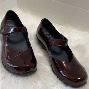 Dansko Shoes Burgundy Mary Jane Patent Leather